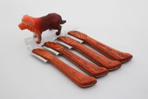 Dog Stripping Knives in USA, Germany
